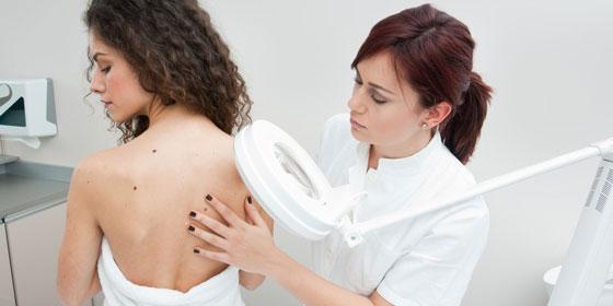 Консультация платного дерматолога в Москве